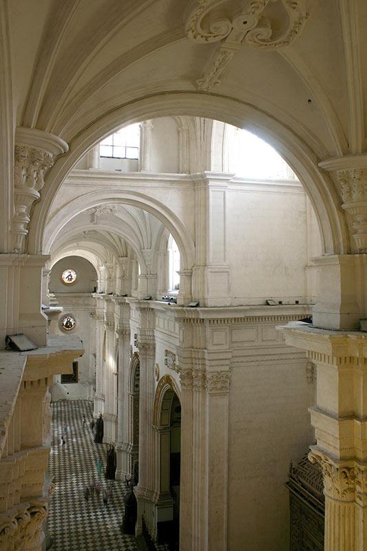 MURO PERIMETRAL NORTE Desde la puerta del perdón hasta el museo catedralicio