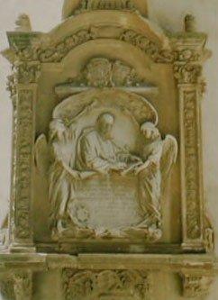 FRANCISCO SUÁREZ S.I. (1548-1617) Lápida conmemorativa en la antigua Universidad de Granada