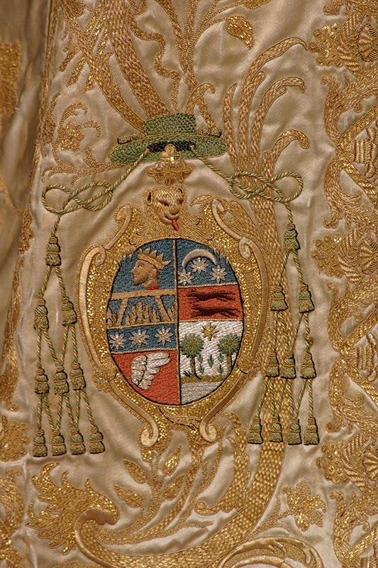 TERNO DEL CORPUS: Escudo del arzobispo Jorge y Galbán José Gualba (fl. 1777-1778)