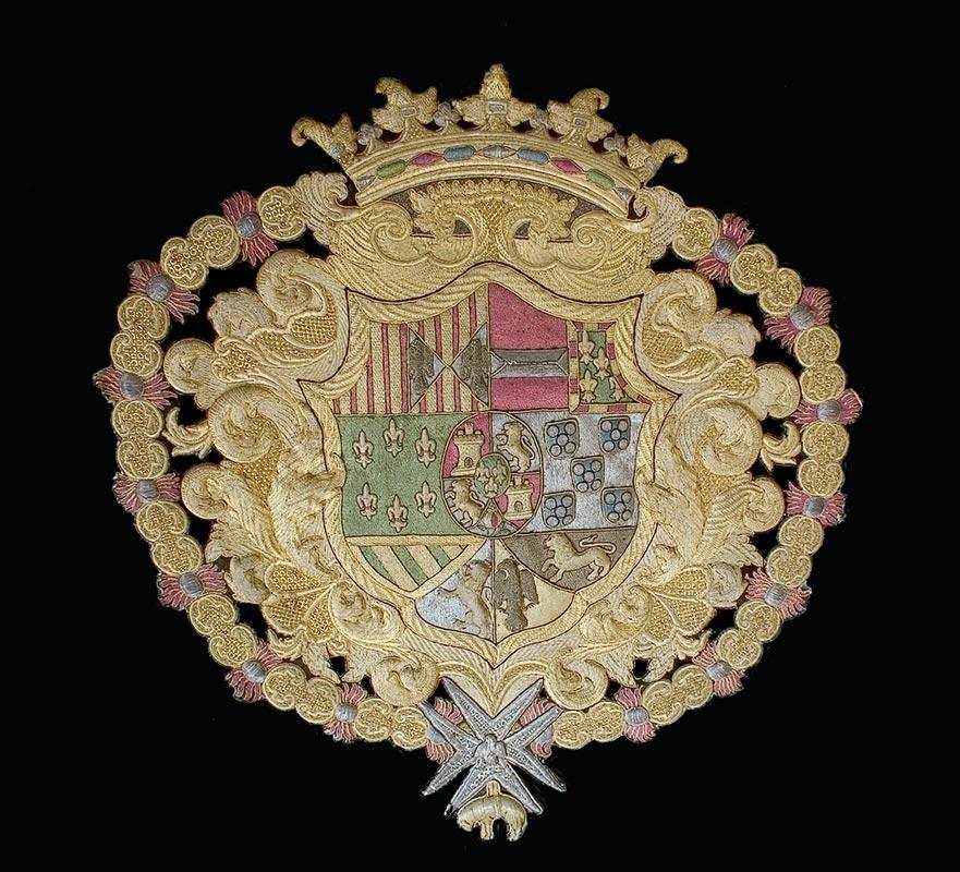 SIGLO XVIII: CONJUNTO FÚNEBRE Escudo real (Alejandro Eugenio del Rubio)